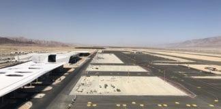 Ramon internasjonale flyplass åpner i slutten av januar. Dette bildet er fra byggingen i mars 2018. (Foto: Ramon flyplass)