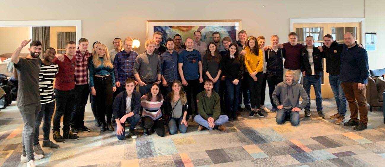 Deltakerne på MIFF Kristiansands ungdomshelg i februar 2019. (Foto: MIFF)