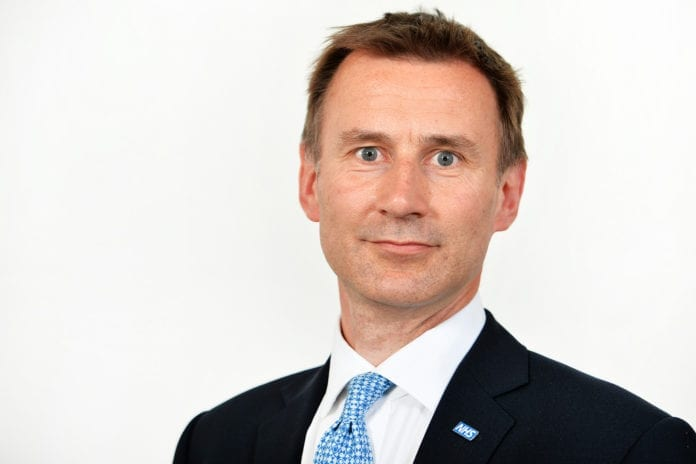 Storbritannias utenriksminister Jeremy Hunt sier de vil stemme imot alle anti-israelske resolusjoner. (Foto: Helsedepartementet)