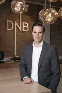 Informasjonsdirektør i DNB, Even Westerweld, avviser at de boikotter Israel. (Foto: DNB)