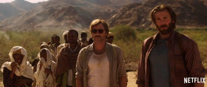 To av Mossad-agentene sammen med etiopiske flyktninger. (Skjermdump fra Youtube)