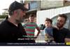 Hvis palestinere kaller deg forræder? - Halas (jeg har fått nok), jeg velger Israel - jeg er redd for Abbas, sier palestineren med barnet på armen til israelsk journalist. (Skjermdump fra videoklipp, Kanal 13)